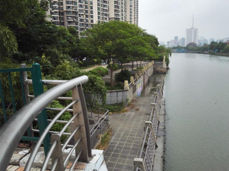 150912_122047_underused-park